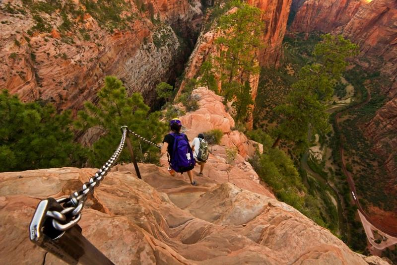 Angels Landing - Zion National Park - Hiking on