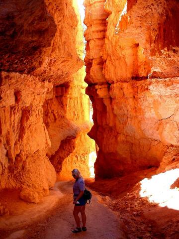 Peekaboo & Queens Garden loop hike - Bryce Canyon National Park