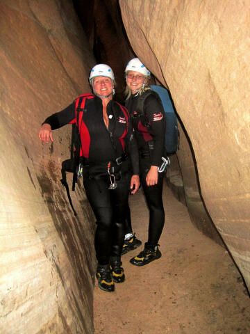 Hot babes in Keyhole Canyon - Zion NP
